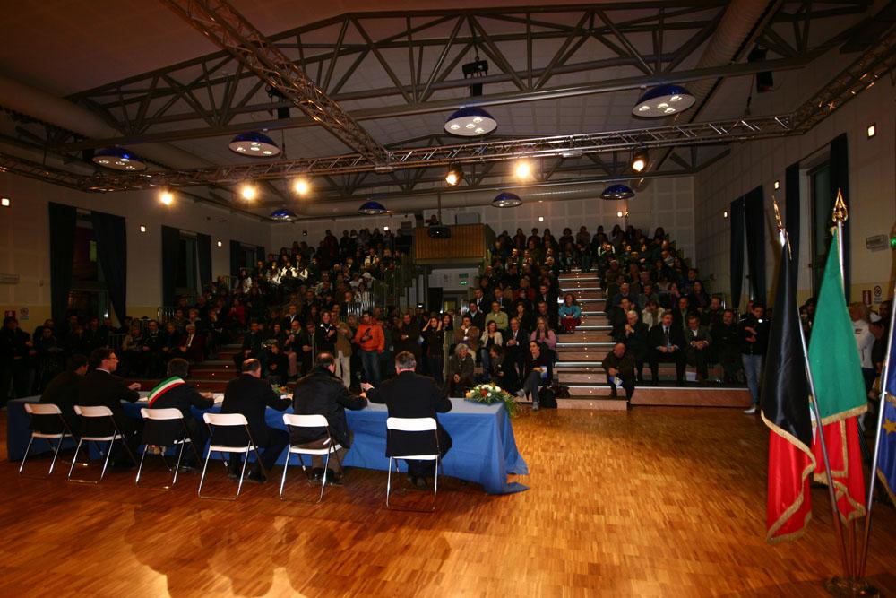 La presentazione della Cittadella, nella sala del teatro (foto Alessandro Mano)